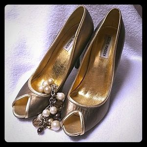 Steve Madden Gold and Bronze heel
